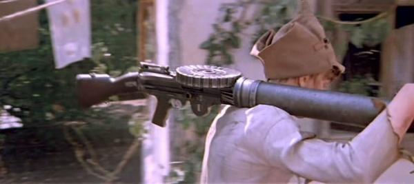 «Льюис» на вооружении Красной армии. Кадр из лихого по советским меркам боевика «Шестой»