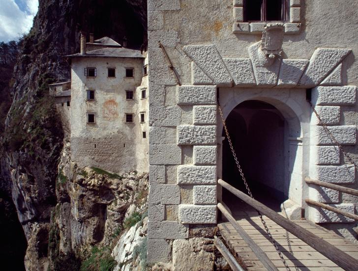 Фото №4 - Музыка камня: 7 сооружений, высеченных в скалах