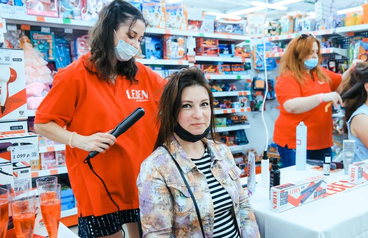 Фото №1 - Красота не отходя от кассы: в магазинах Петербурга провели бьюти-дни