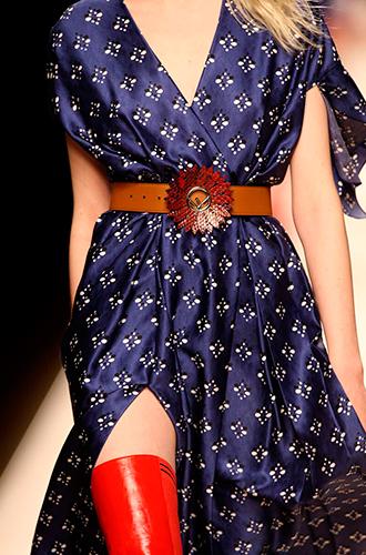 Фото №23 - Fashion director notes: акценты и детали в показе Fendi в Милане