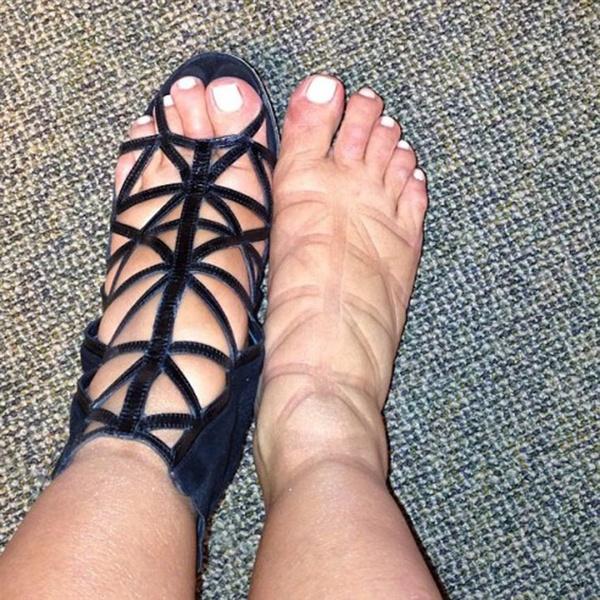 Фото №9 - Тем ниже поцелуи: как за десять лет мы разлюбили каблуки и променяли туфли на кроссовки