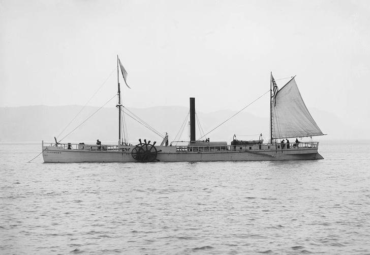 Фото №1 - Кто построил первый пароход?