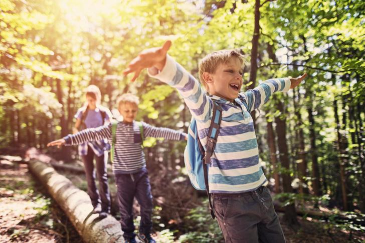 детская безопасность дома, детская безопасность летом, детская безопасность на окна, детская безопасность на улице, детская безопасность на дорогах, лето, летние каникулы, для детской безопасности