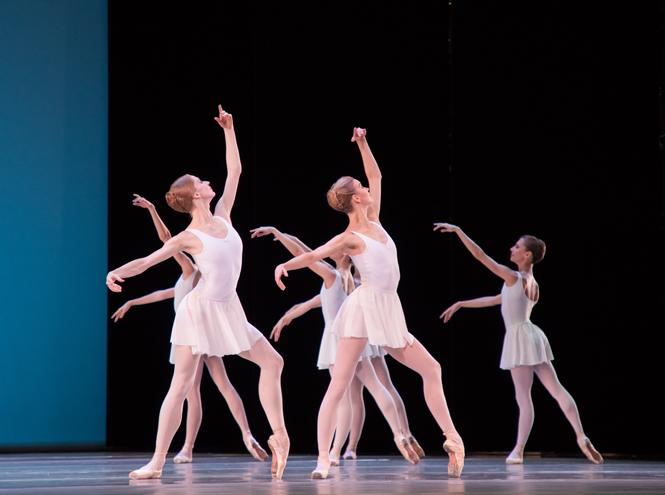 Фото №2 - Must see сезона: премьера одноактных балетов «Кончерто барокко» / Autodance / KAASH