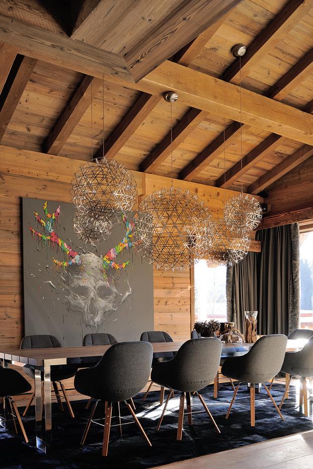 Фото №7 - Дизайнерское шале со стеклянной лестницей в Межеве