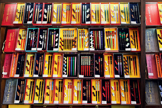 Фото №1 - Куайцзы своего счастья: история китайских палочек