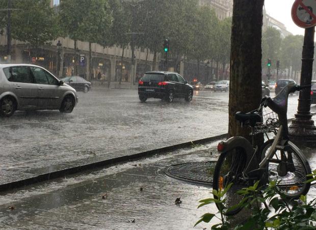 Фото №5 - Париж, который дышит духами и туманами