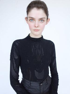 Фото №12 - Страшная сила: 10 моделей с провокационной внешностью, покоривших мир моды
