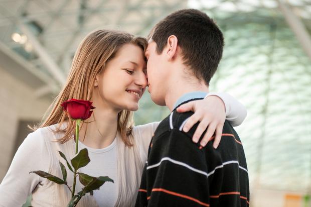 Фото №1 - Вопрос дня: Почему мой парень никогда не делает мне комплименты?