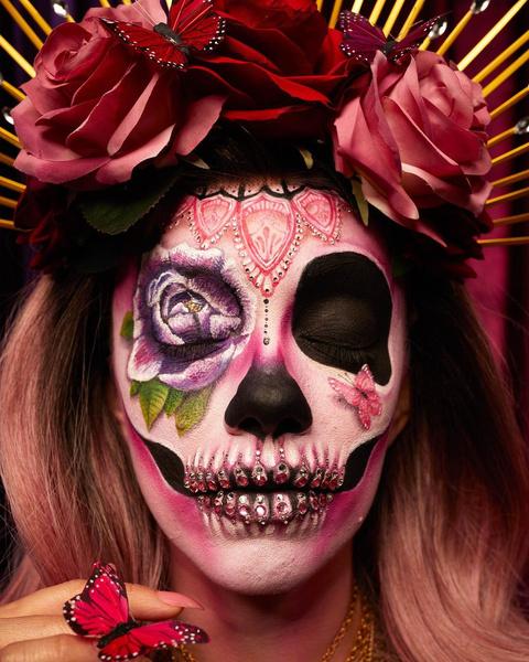 Фото №4 - Красиво до жути! 5 крутых идей для макияжа на Хэллоуин