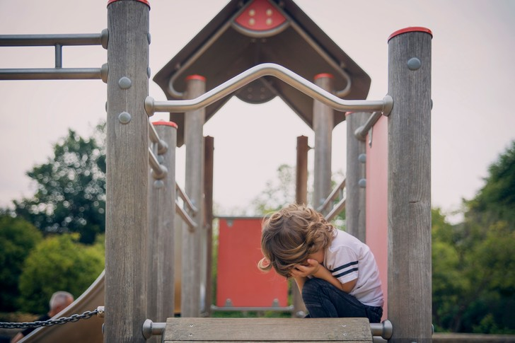 Фото №2 - Россиянка, выгнавшая с площадки детей с аутизмом, спустя три дня все же извинилась