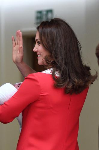 Фото №3 - Почему Кейт Миддлтон поспешила покинуть госпиталь после родов