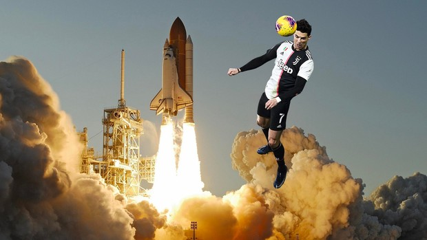 Фото №1 - Роналду с голом в прыжке с 2,56 метра стал героем мемов
