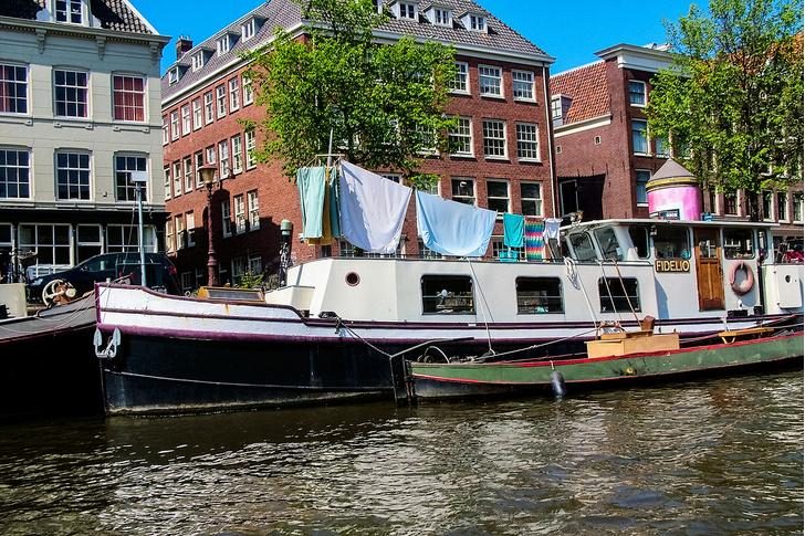 Фото №5 - Яхта, лайнер, баржа и другие способы жить на воде