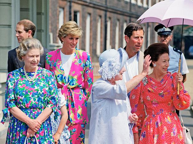 Фото №14 - Как Кейт Миддлтон укрепляет тайный матриархат королевского семейства (и почему это важно)