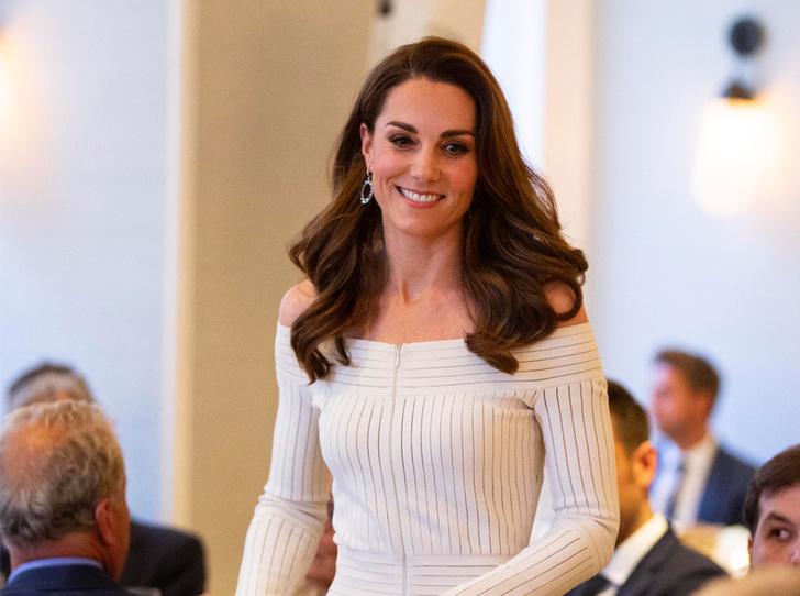 Фото №1 - Герцогиня Кейт выступила в поддержку наркозависимых