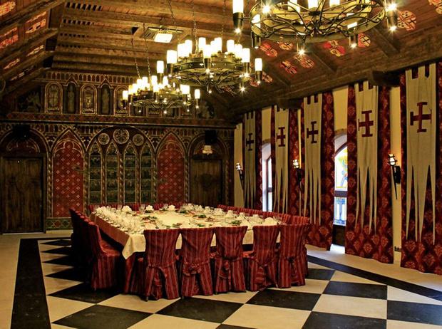 Фото №1 - Попасть в сказку: 10 отелей-замков для романтических выходных