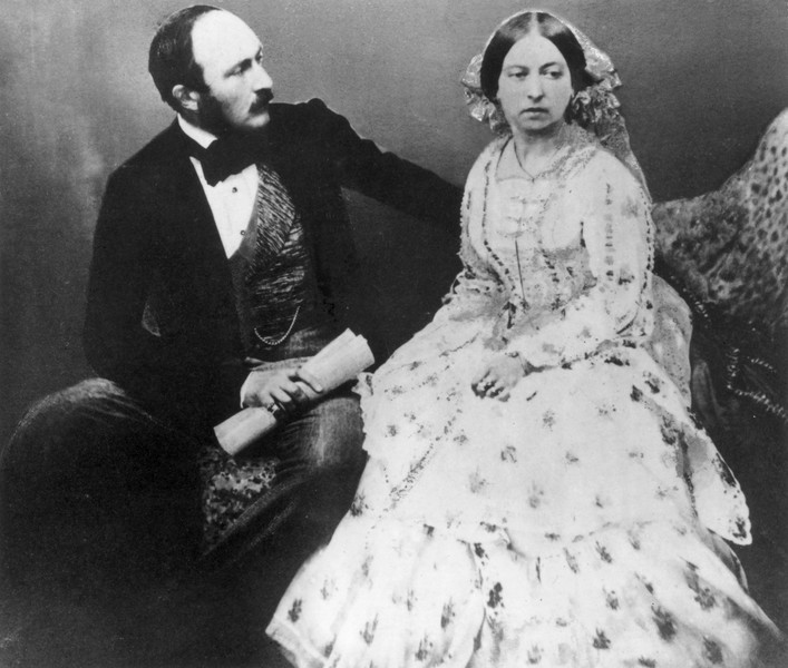 Альберт и Виктория