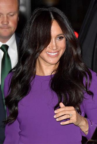 Фото №5 - 10 впечатляющих платьев в фиолетовой гамме, как у герцогини Меган