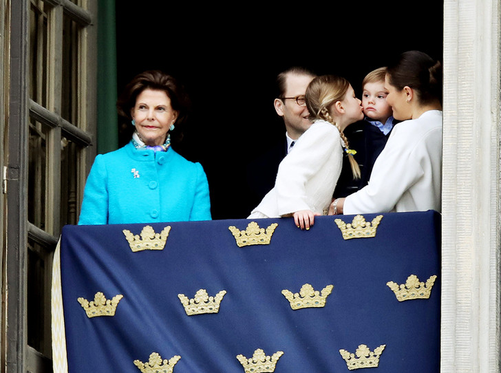 Фото №4 - Юная принцесса Эстель затмила короля Швеции