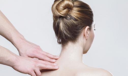 Фото №1 - Петербургских врачей удивило число дачников с подозрением на новообразования кожи
