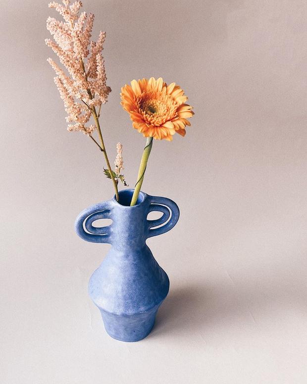 Фото №3 - Свежее решение: лучшие вазы для летнего букета