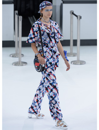 Фото №9 - Неделя моды в Париже: показ Chanel