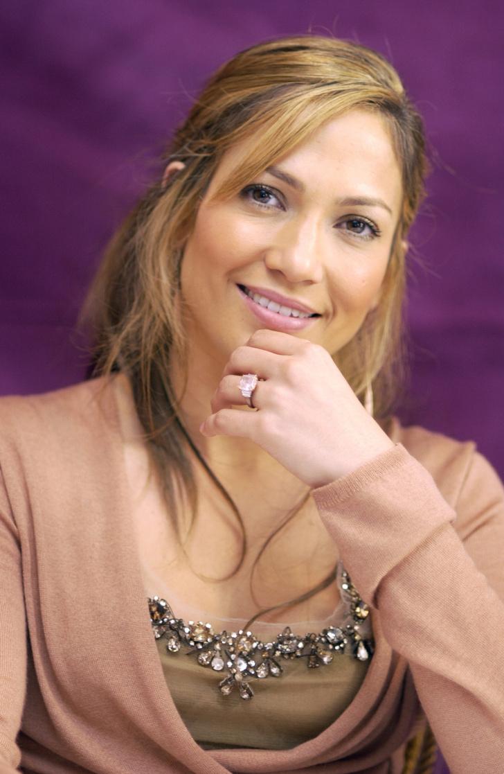 Фото №3 - Скоро свадьба! Бен Аффлек выбирает обручальное кольцо для Дженнифер Лопес. У нас есть доказательства