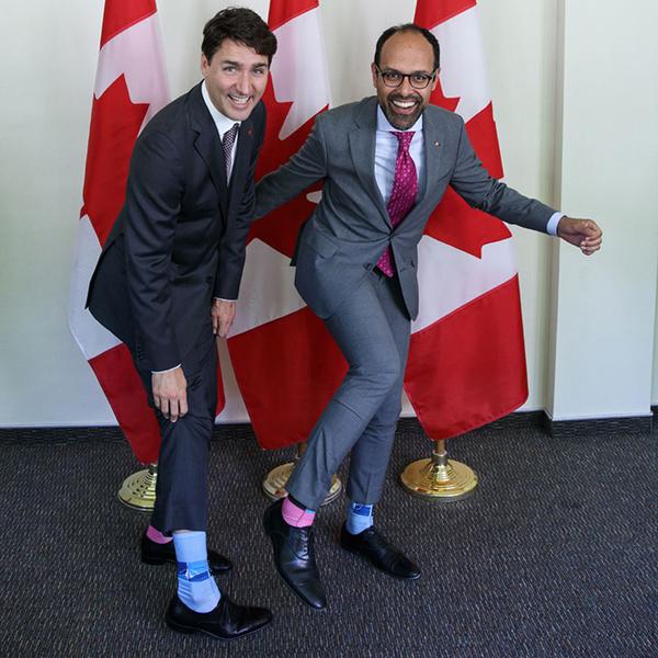 Фото №4 - Джастин Трюдо и его «носочная дипломатия»