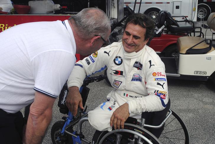 Фото №5 - Известный пилот и паралимпийский чемпион Алекс Дзанарди попал в страшную аварию. Опять…