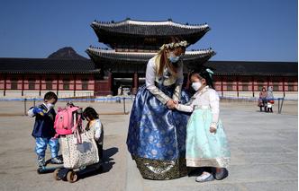Фото №10 - Как выглядят достопримечательности Азии до и после коронавируса