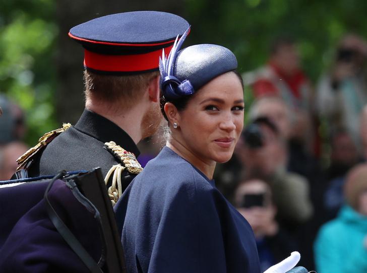 Фото №1 - Герцогиня Меган изменила дизайн помолвочного кольца