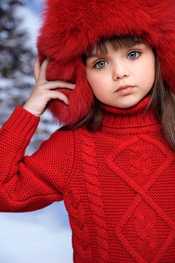Фото №2 - Самая красивая девочка в мире живет в России!