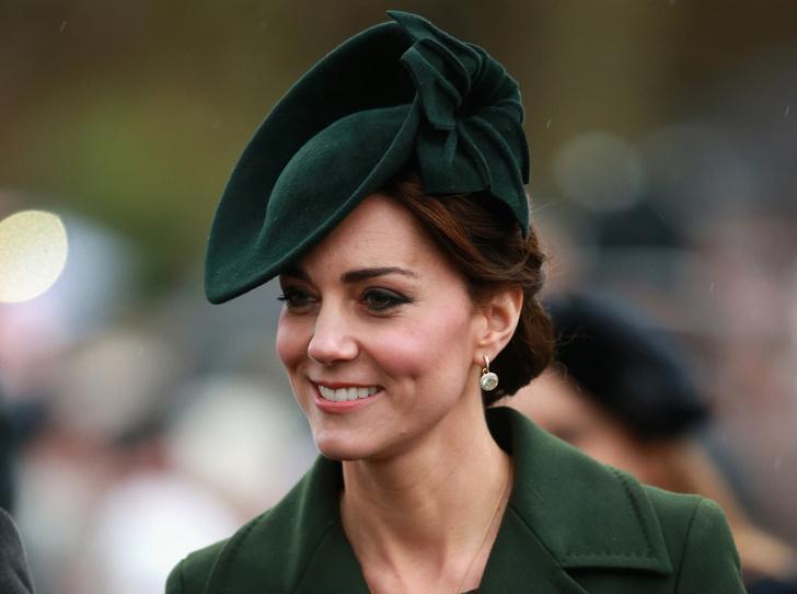 Фото №1 - Драгоценности герцогини: любимые ювелирные бренды Кейт Миддлтон