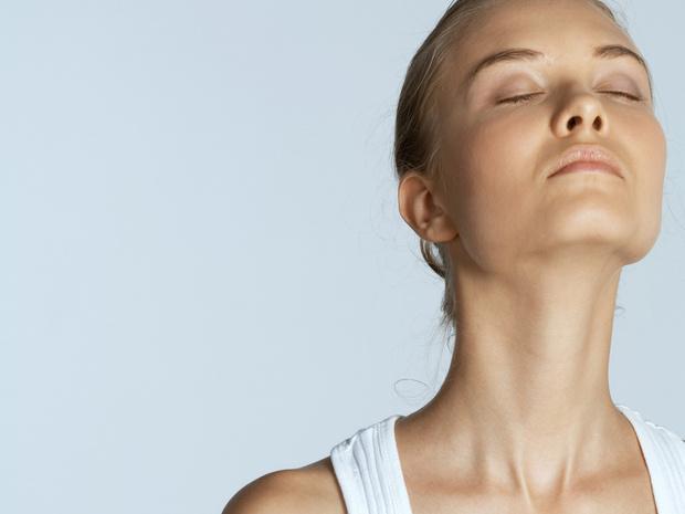 Фото №5 - Советы остеопата: как убрать холку на шее