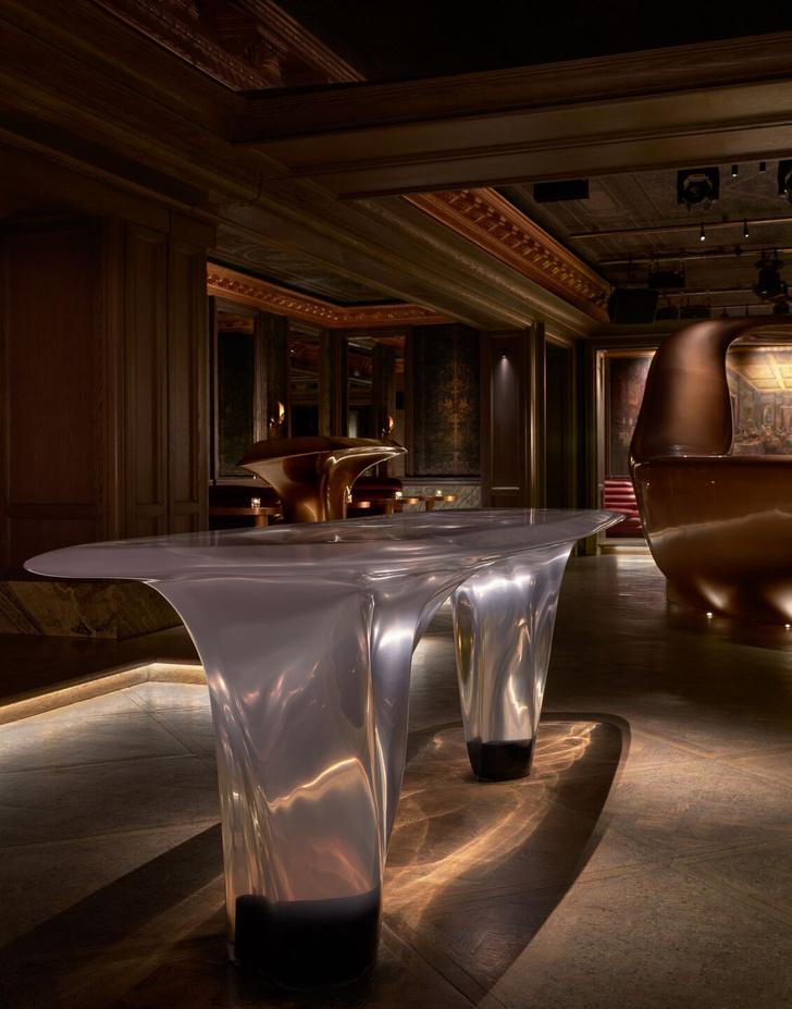 Фото №3 - Сюрреалистический бар в Дубае