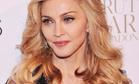 Мадонна прячет лицо под шляпой, но признаки старости выдала одна деталь