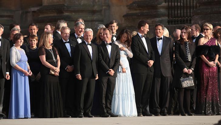 Фото №3 - Мелания Трамп «украла шоу» на гала-ужине в Бленхеймском дворце