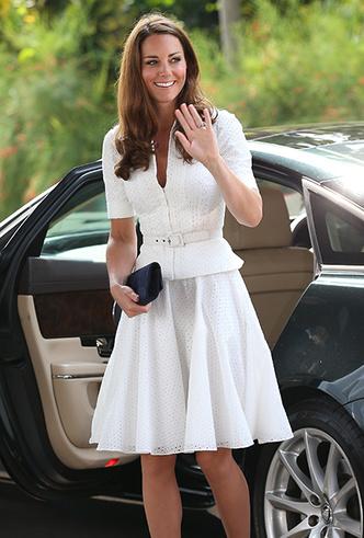Фото №28 - Как Кейт Миддлтон вдохновляется стилем принцессы Дианы (и, главное, зачем?)