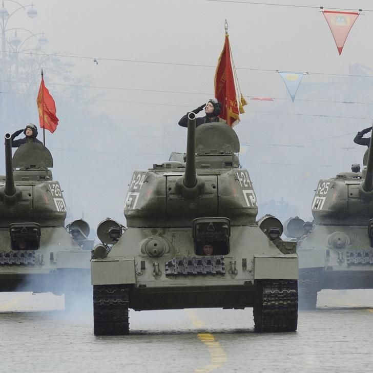 Фото №6 - Почему Т-34 считают лучшим танком Второй мировой, если его легко пробивали «Тигр» и «Пантера»