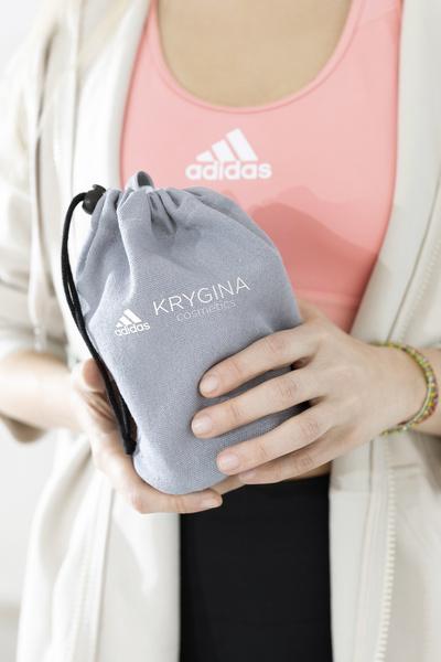 Фото №3 - Adidas и Елена Крыгина выпустили лимитированную коллекцию спортивных косметичек