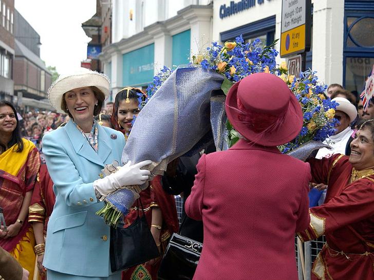 Фото №3 - Верная подруга: кто такая леди Сьюзан Хасси— женщина, сопровождавшая Королеву на похоронах Филиппа