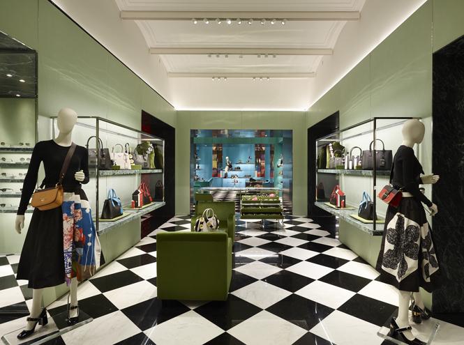 Фото №11 - Ирина Горбачева, Ксения Собчак и другие звезды на открытии нового магазина Prada в Москве