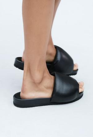 Фото №8 - Самая модная обувь весны и лета 2021: советы дизайнеров