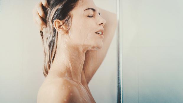 Фото №1 - Все плюсы и минусы мытья волос каждый день