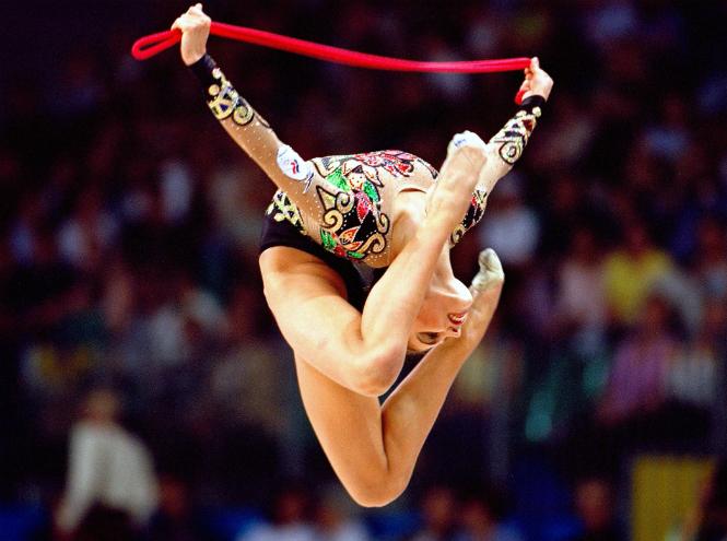 Фото №2 - Санкции Евросоюза помешали запустить новое шоу Алины Кабаевой