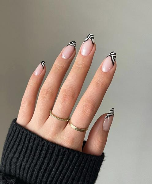 Фото №7 - Какая форма ногтей в тренде этой осенью: 12 идей для стильного маникюра