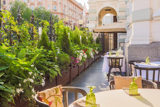 Фото №5 - Самые живописные веранды Москвы, на которые стоит обязательно заглянуть этим летом