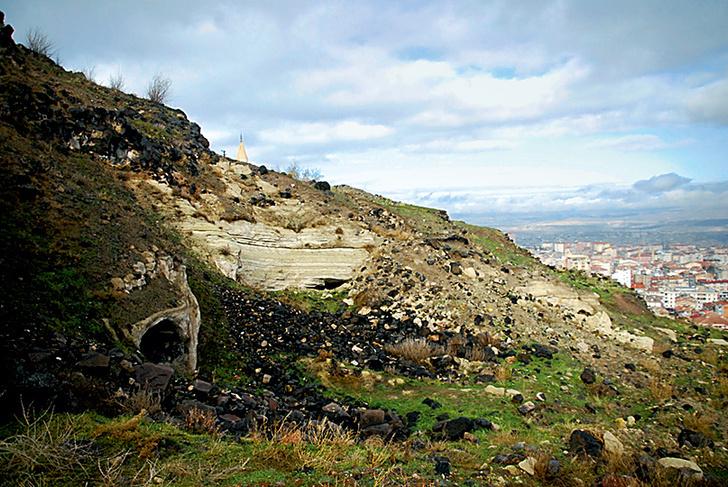Фото №1 - Артефакт: крупнейший в мире античный подземный город