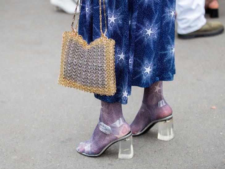Фото №5 - 5 нелепых моделей обуви, которые лучше не надевать
